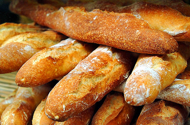 Guide to France, bread