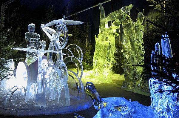 Bruges ice sculptures