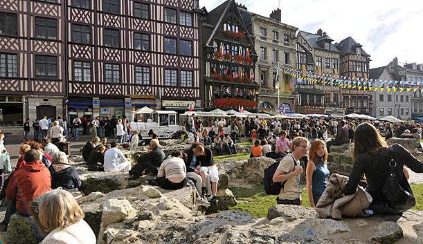 Place du Vieux Marché ©Rouen Tourist Office
