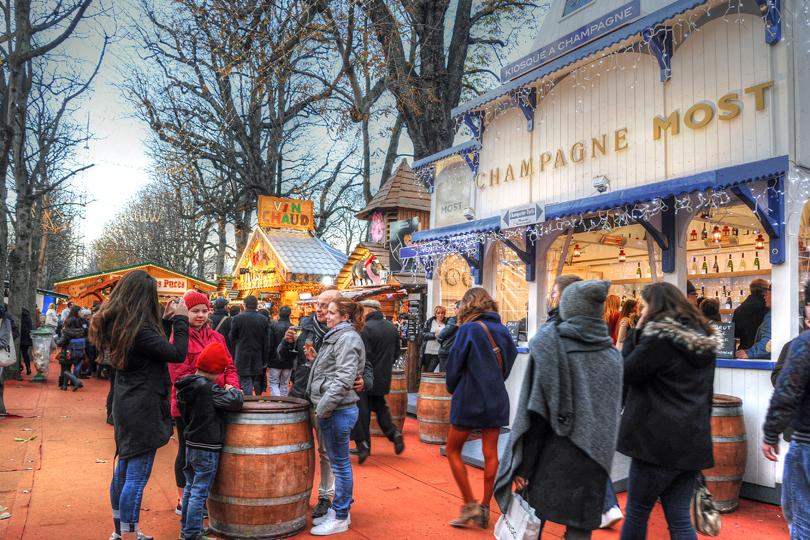 Le Marché Gourmand, Le Marché de Noël des Champs-Elysées, Paris, France