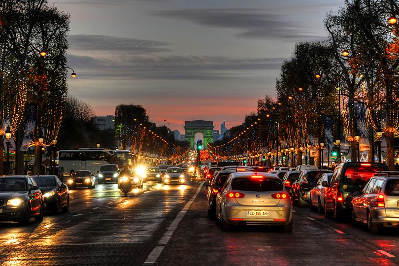 Le Marché de Noël des Champs-Elysées, Paris, France