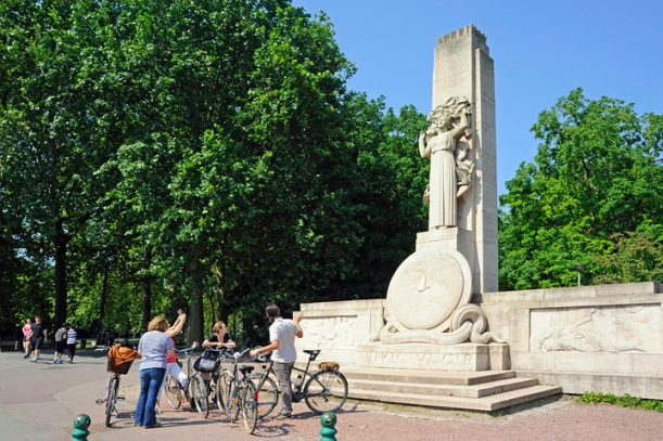 Cycling tour of Lille, France